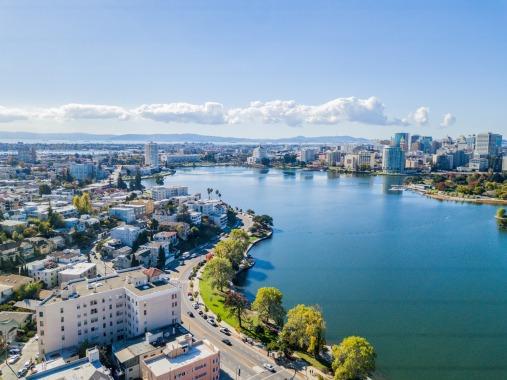 Oakland, United States